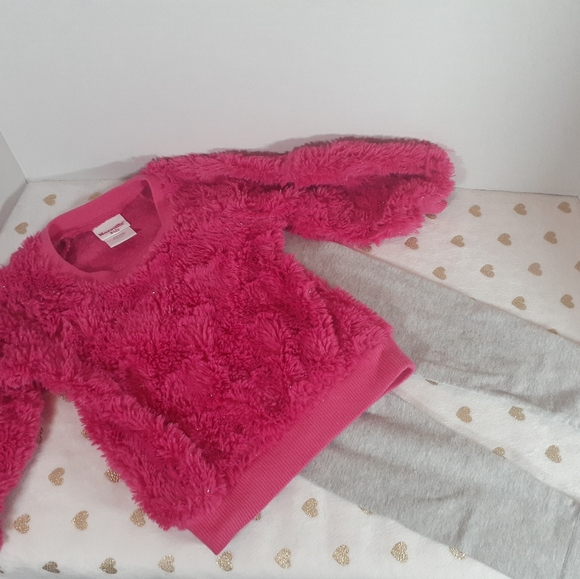7/$40 Nannette Kids Girls Sweater Outfit